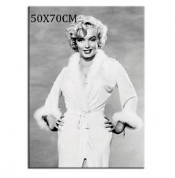 Czarno biała reprodukcja obraz Marilyn Monroe w szlafroku