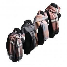 Duży szal szalik w kratę z frędzlami długość całkowita 196cm