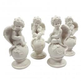 Figurki aniołków siedzących na kuli / figurka anioł / figurka aniołek