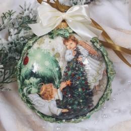 Bombka decoupage z Aniołkami i ornamentem na prezent
