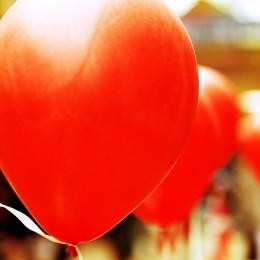 Duży balon CZERWONY 65cm