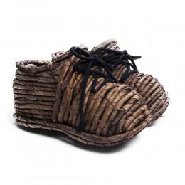 Duże buty ozdobne do ogrodu domu z wikliny