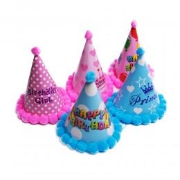 Czapeczki urodzinowe imprezowe z pomponami