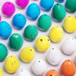Jajo jajko DINOZAURA wykluwający rosnacy dinozaur