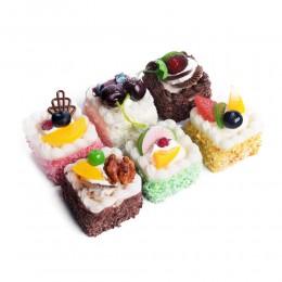 Magnes na lodówkę TORCIK DESER fałszywe ciasto sztuczne