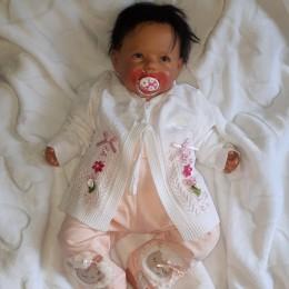 Sweterek niemowlęcy dla dziewczynki BIAŁY w kwiatki